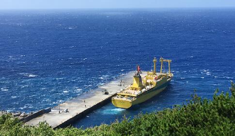 御蔵島桟橋